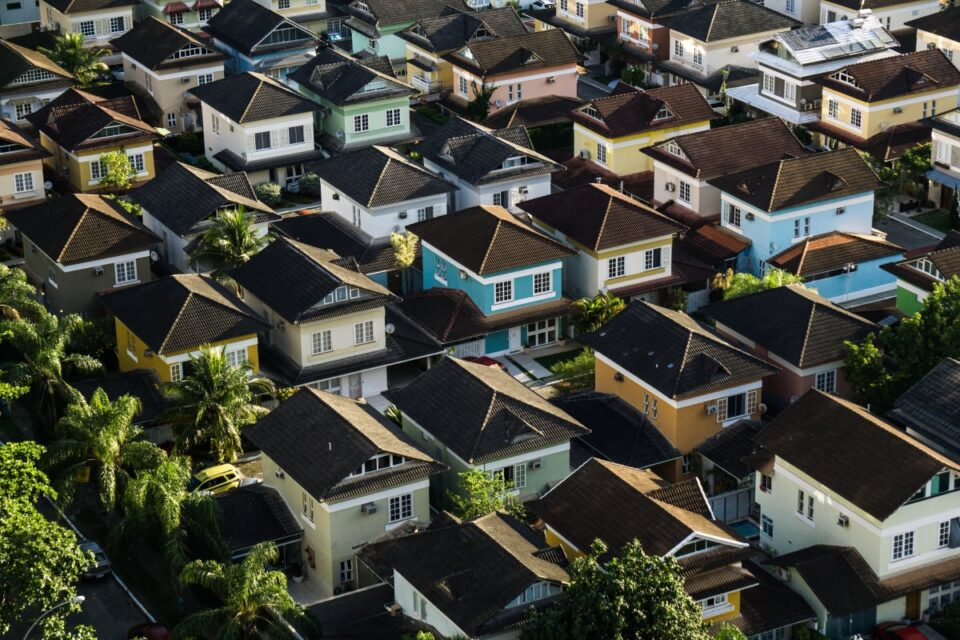 Escrow Company Factors First-Ever Bitcoin-Backed Valid Estate Mortgage